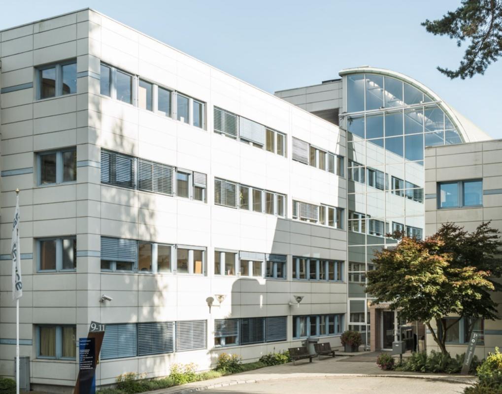 Vollsveien 9-11 kontorbygget der eKurs Norge er lokalisert, postnummer er 1366 Lysaker